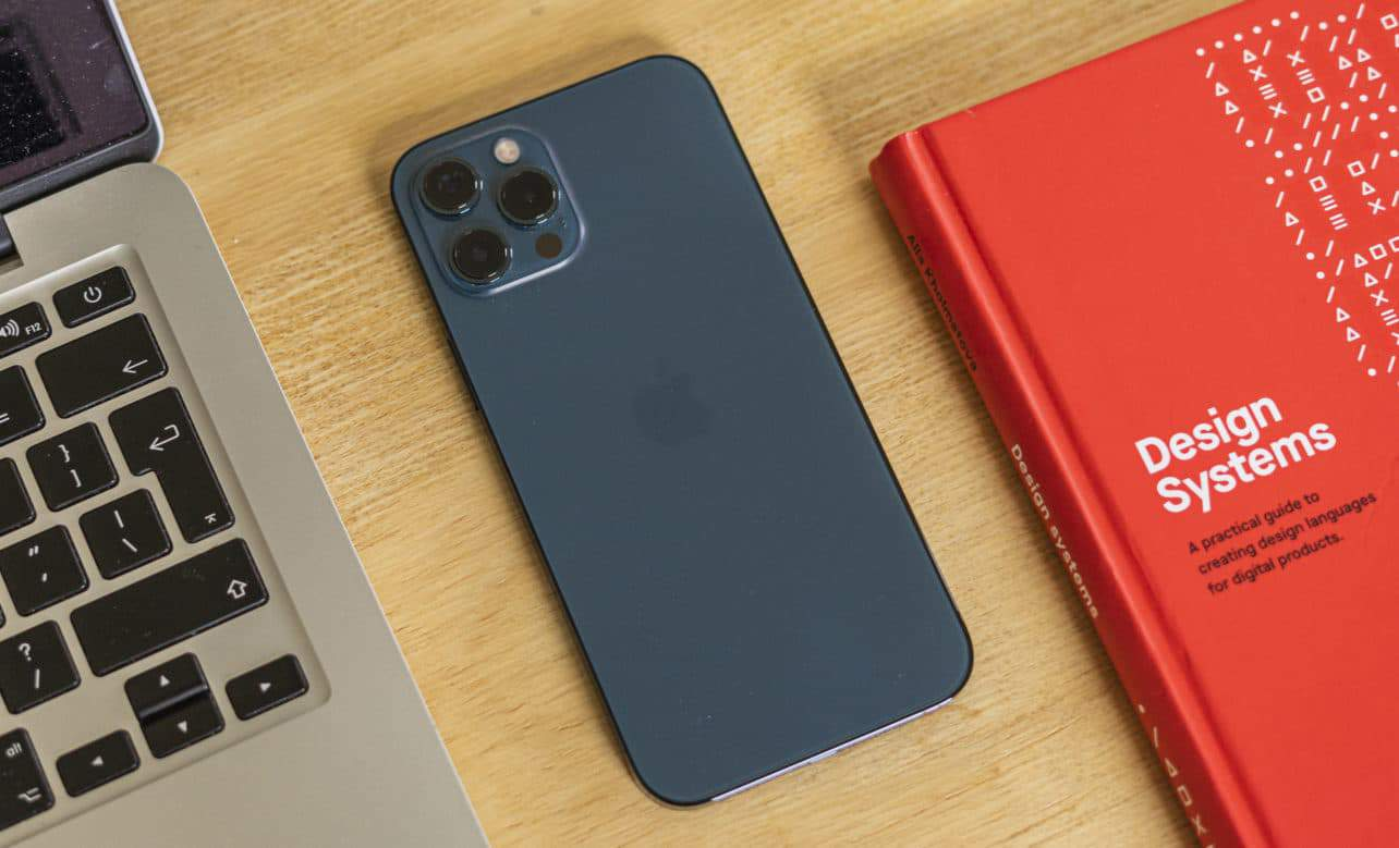 Apple iPhone 12 Pro Max review achterkant