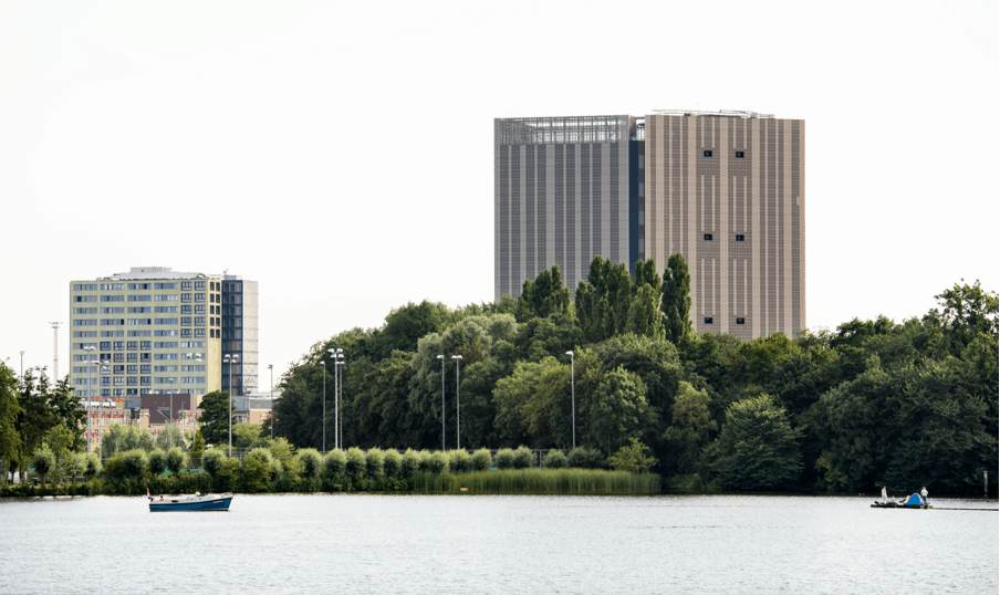 Interxion heropent grotere Amsterdam Data Tower (AMS17)